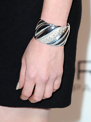 Jessica brought major bling to the red carpet with a sparkling bangle bracelet.