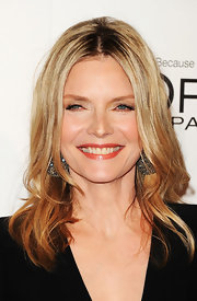 Michelle Pfeiffer styled her hair in a chic layered cut for the Women in Hollywood Tribute.
