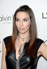 Whitney Cummings sported a sleek straight half-up half-down 'do at the Elle Women in Hollywood celebration.