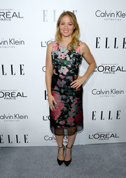 Erika Christensen looked sweet and elegant in a sleeveless floral dress during the Elle Women in Hollywood celebration.