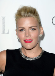Busy Philipps sported a cool teased ponytail at the Elle Women in Hollywood celebration.