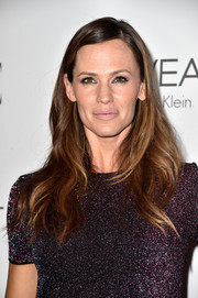 Jennifer Garner took a fashion risk with this nude lipstick.