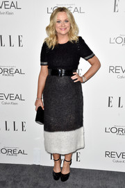 Amy Poehler chose a monochrome knit dress by Calvin Klein for the Elle Women in Hollywood event.