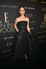 Natalie Portman looked breathtaking in a strapless black lace gown by Dior Couture at the 2019 Elle Women in Hollywood celebration.
