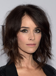 Abigail Spencer amped up the edge factor with heavy eye makeup.