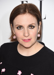 Lena Dunham went for a simple straight hairstyle at the 2015 Elle Women in Television celebration.