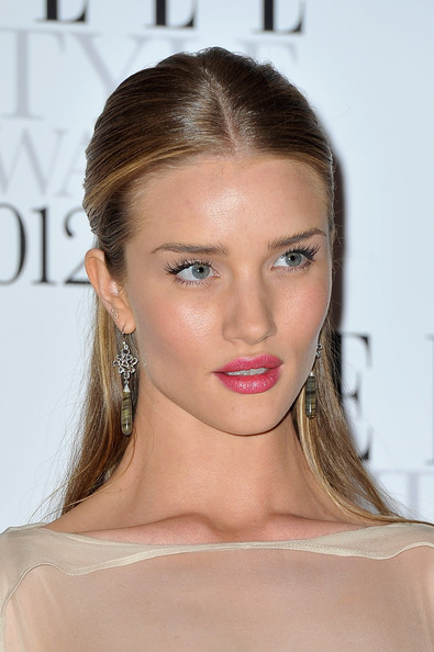 More Pics of Rosie Huntington-Whiteley Pink Lipstick (1 of 8) - Rosie Huntington-Whiteley Lookbook - StyleBistro