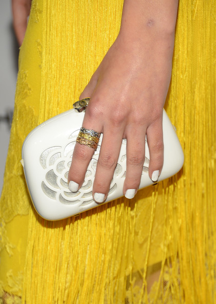 Willa sported super-opaque white nails at the 2013 ELLE Women in Television Celebration.