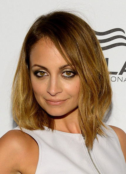 More Pics of Nicole Richie Mid-Length Bob (2 of 14) - Shoulder Length Hairstyles Lookbook - StyleBistro