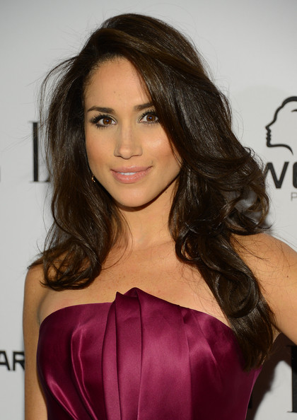 More Pics of Meghan Markle Long Curls (1 of 7) - Meghan Markle Lookbook - StyleBistro