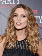 Ashley Greene channeled the '80s with this high-volume wavy 'do when she attended ESPN The Party.