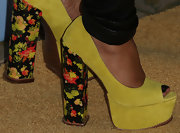 Jill Scott showed her funky side with green platform pumps with retro-floral print heels.