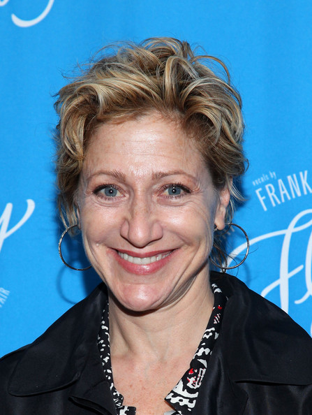 Edie Falco Messy Cut [come fly away,hair,hairstyle,blond,eyebrow,chin,forehead,smile,surfer hair,feathered hair,electric blue,arrivals,edie falco,curtain call,new york city,marriott marquis,broadway,opening]