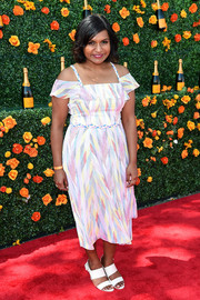 Mindy Kaling looked very airy in a printed drop-sleeve dress by Shoshanna during the Veuve Clicquot Polo Classic.