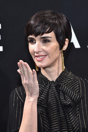 Paz Vega rocked a stylish pixie at the Elie Saab Haute Couture show.