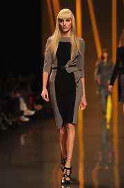 Anja Rubik's strappy black pumps and stylish dress were a flawless pairing.