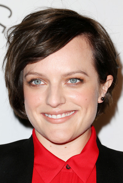 Elisabeth Moss Side Parted Straight Cut