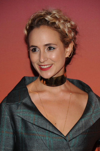 Elisabeth von Thurn und Taxis Gold Choker Necklace [hair,hairstyle,blond,eyebrow,beauty,chin,lip,smile,brown hair,long hair,louis vuitton,arrivals,elisabeth von thurn und taxis,skylight,moynihan station,new york city,party,whitney museum of american art gala studio]