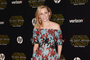 Elizabeth Banks Off-the-Shoulder Dress