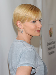 Jaime Pressly went for a breezy short 'do with bangs at the Time for Heroes Family Festival.