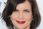Elizabeth McGovern Red Lipstick