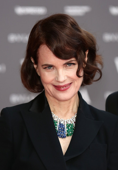 Elizabeth McGovern Bob [the glamour of italian fashion,hair,hairstyle,eyebrow,chin,white-collar worker,official,layered hair,smile,brown hair,suit,arrivals,elizabeth mcgovern,preview,italian fashion,victoria albert museum,england,london,glamour,exhibition]