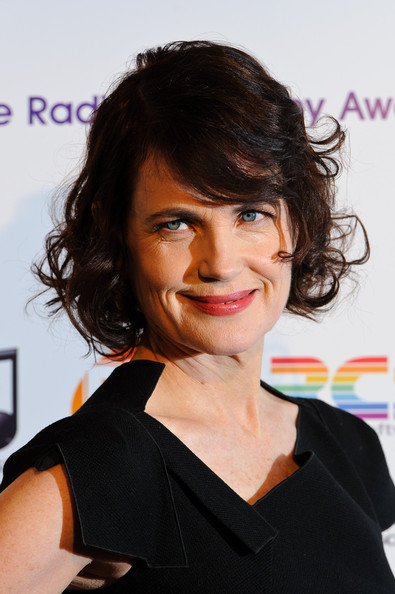 Elizabeth McGovern Curled Out Bob [hair,hairstyle,face,chin,eyebrow,black hair,forehead,smile,lip,brown hair,arrivals,elizabeth mcgovern,radio academy awards,grosvenor house hotel,london,england,the radio academy awards]