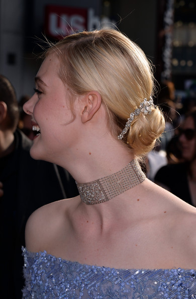 Elle Fanning Diamond Choker Necklace