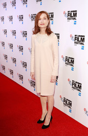 Isabelle Huppert opted for a super-simple ecru shift dress when she attended the BFI London Film Festival screening of 'Elle.'