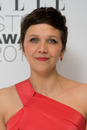 Maggie Gyllenhaal looked cute with her textured pixie at the Elle Style Awards.
