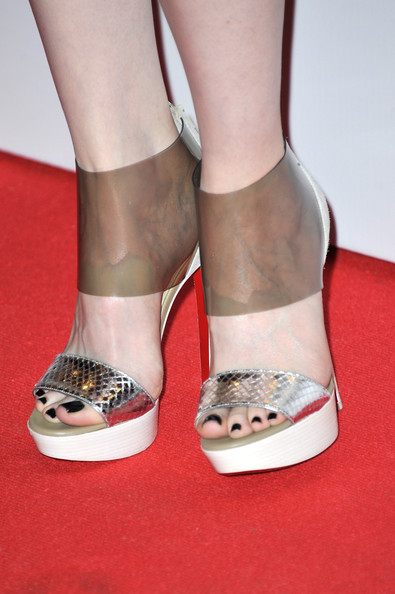 More Pics of Andrea Riseborough Platform Sandals (5 of 12) - Andrea Riseborough Lookbook - StyleBistro