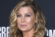 Ellen Pompeo Medium Wavy Cut