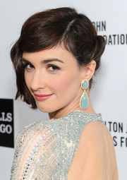 Paz Vega opted for a retro-glam updo when she attended the Elton John AIDS Foundation Oscar viewing party.