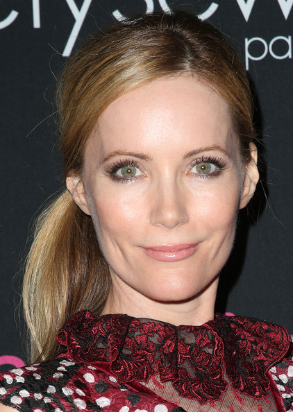 More Pics of Leslie Mann Ponytail (2 of 6) - Leslie Mann Lookbook - StyleBistro