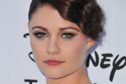 Emilie De Ravin Metallic Eyeshadow
