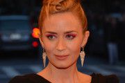 Emily Blunt Bright Eyeshadow