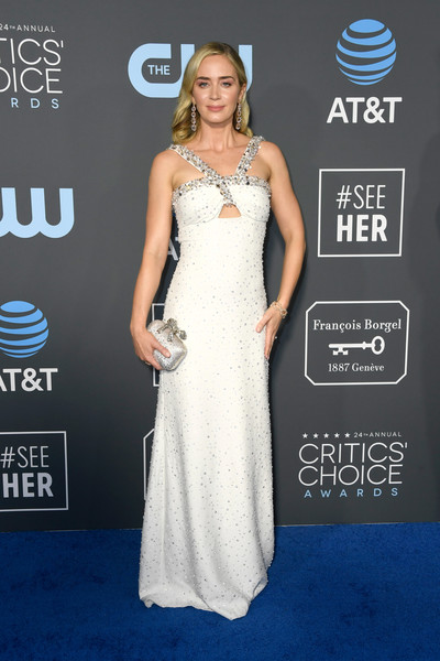 Emily Blunt Beaded Clutch [gown,flooring,beauty,dress,shoulder,cocktail dress,carpet,fashion model,fashion,joint,arrivals,emily blunt,critics choice awards,santa monica,california,barker hangar]