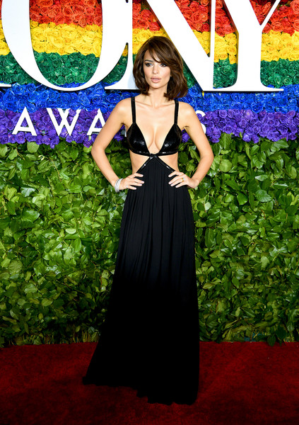 Emily Ratajkowski Cutout Dress [red carpet,dress,clothing,red carpet,carpet,gown,flooring,fashion,premiere,haute couture,formal wear,carpet,dress,emily ratajkowski,tony awards,red carpet,performance,radio city music hall,new york city,annual tony awards,emily ratajkowski,radio city music hall,tony award,73rd tony awards,celebrity,red carpet,ceremony,broadway,pay for performance]