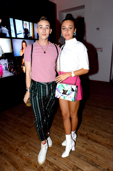 Emma Chamberlain Printed Shoulder Bag [pink,fashion,youth,event,footwear,fun,fashion design,style,dance,performance,adam rippon,emma chamberlain,youtube.com/fashion launch,new york city,launch]