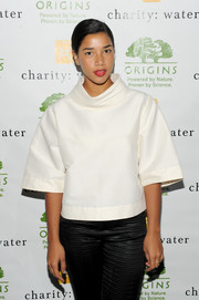 Hannah Bronfman looked futuristic in a loose white blouse paired with black silk pants when she attended the Origins Smartyplants event.
