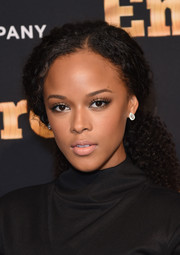 Serayah McNeill pulled her curls back into a ponytail for the 'Empire' season 2 premiere in New York.