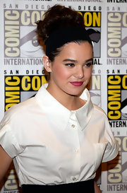Hailee piled her hair on top of her head for a voluminous, classic look.