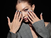 Gigi Hadid's nail art was the perfect ad for Maybelline!