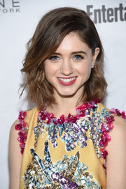 Natalia Dyer topped off her look with a cute wavy hairstyle when she attended the Entertainment Weekly SAG nominees celebration.
