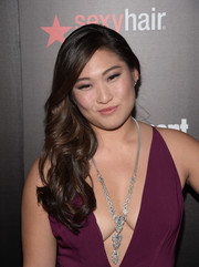 Jenna Ushkowitz adorned her bare neckline with a crystal statement necklace by Stella & Dot.