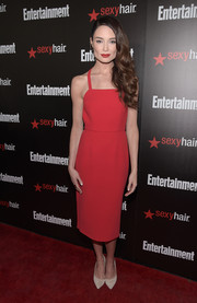 Mallory Jansen showed off her breezy style with this red spaghetti-strap dress at the Entertainment Weekly SAG Awards nominee celebration.