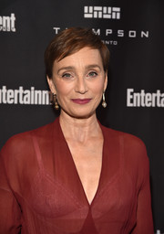 Kristin Scott Thomas kept it relaxed with this pixie at the Entertainment Weekly Must-List party.