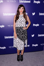 Hannah Simone attended the Entertainment Weekly and People celebration of the New York Upfronts wearing a cute pinwheel-print top by Tanya Taylor.