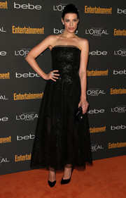 Jessica Pare looked breathtaking in a strapless black Oscar de la Renta dress at the Entertainment Weekly pre-Emmy party.