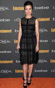 Linda Cardellini looked super charming in her patterned LBD during the Entertainment Weekly pre-Emmy party.